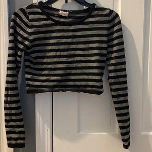 Tops - Cropped sweater-like tee
